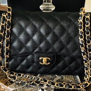 FiRM❤️NWT CHANEL Jumbo 18k double flap caviar bag